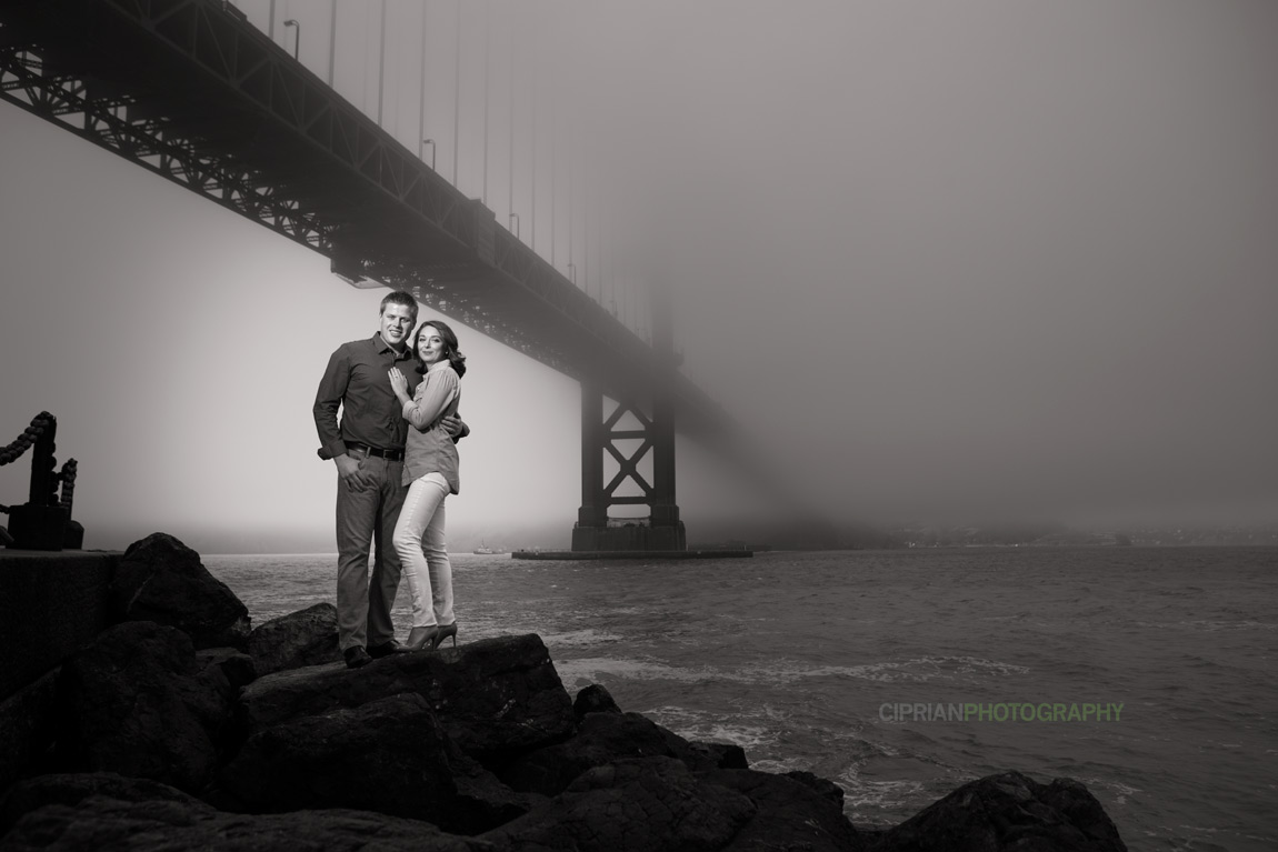 23-Golden-Gate-engagement-photos